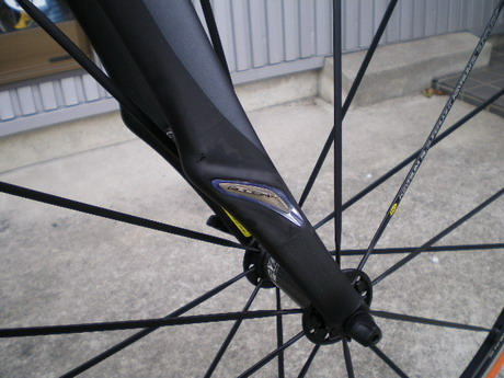 2011_specialized_s-works_roubaix_sl3_03.jpg