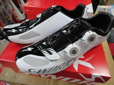 2013_specialized_SWshoes_01.jpg