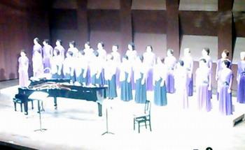 chorus02.jpg